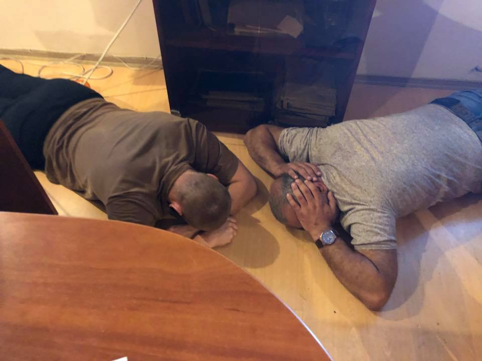 В Одессе задержали более 20 человек, пытавшихся захватить предприятие (фото)