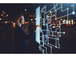 Москва обгоняет Париж, Гамбург и Берлин по уровню развития и проникновения умных технологий по данным McKinsey на июнь 2018