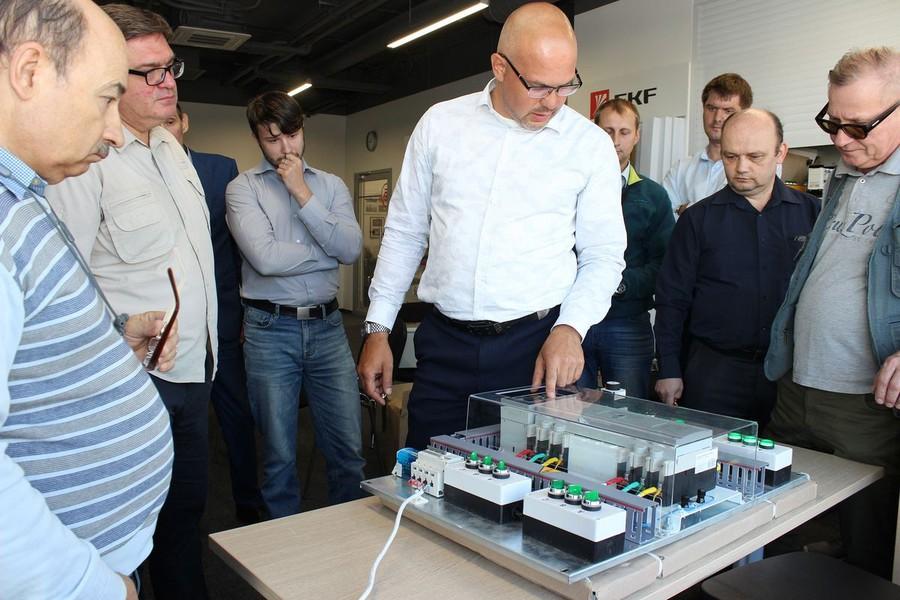 Сборщики и менеджеры компаний-партнеров прошли обучение в EKF