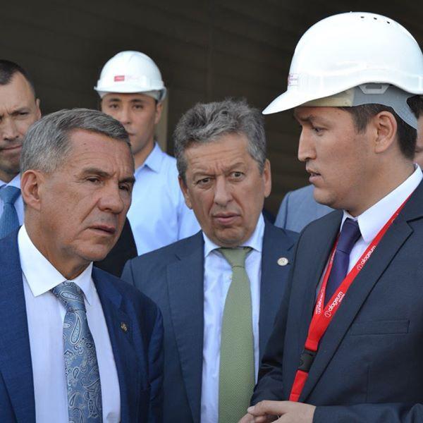 Президент Татарстана посетил Уральский трансформаторный завод