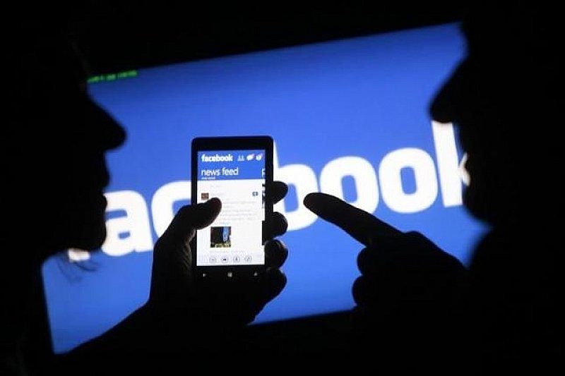 Facebook начала проверять достоверность фотографий и видео