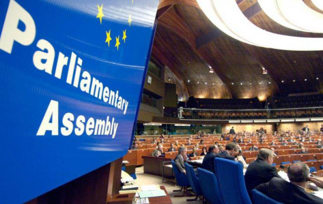 """Комиссия ПАСЕ призвала членов Совета Европы принять аналоги """"акта Магнитского"""""""